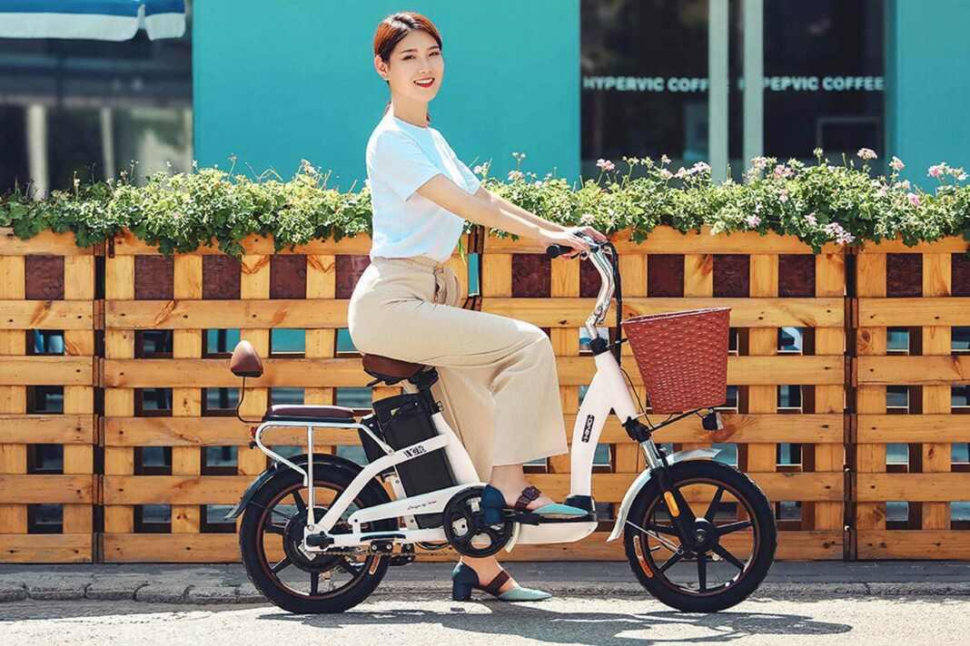 Xiaomi выпустила новый электрический велосипед за 19 000 рублей